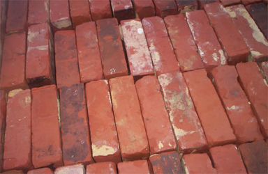 red wire cut reclaimed bricks